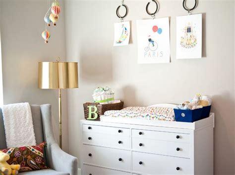 tableau chambre tableau peinture pour chambre bébé deco maison moderne