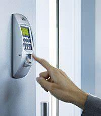 Elektrischer Türöffner Einbauen : t r ffnung per fingerprint als alternative zum schl ssel ~ Watch28wear.com Haus und Dekorationen