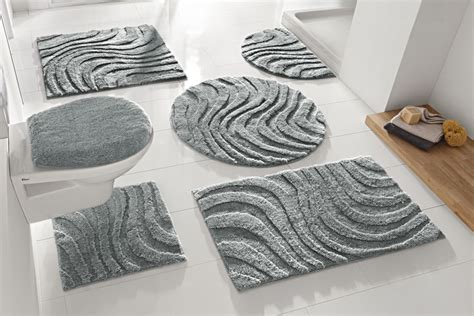 tapis salle de bain original formes tapis de salle de bain