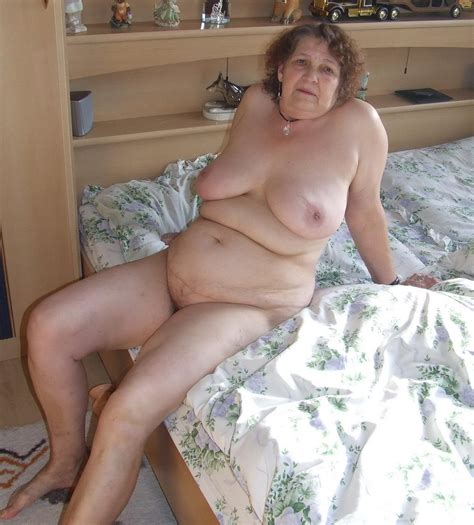 Amateur Grannys Big Boobs Gallery