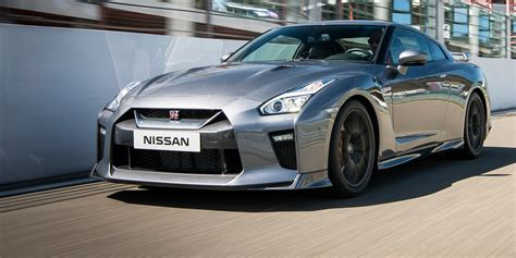 Nissan Gtr : 2017 Nissan Gt-r Launches In Uk Ahead Of September Debut