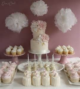 wedding cake and cupcakes wedding cupcakes and mini wedding cakes exclusively weddings wedding planning tips and more