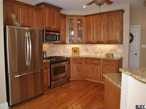 Gunstock Oak Flooring Kitchen by Traditional Kitchen With Inset Cabinets Tile In