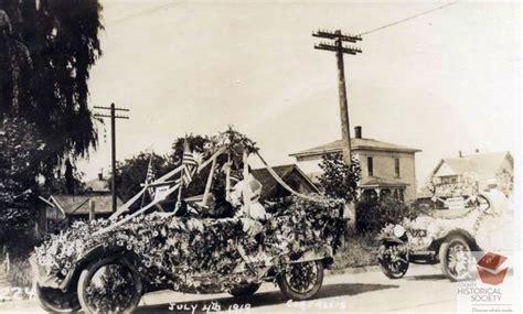 July 4, 1919 Corvallis, Oregon P.E.O. parade float ...