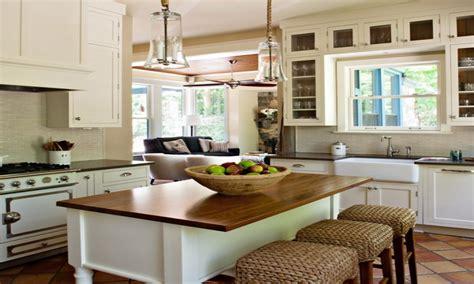 Cottage Style Kitchen Cottage Style Galley Kitchens
