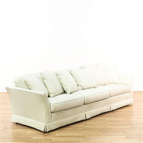 White Blue Diamond Sofa W Throw Pillows Loveseat