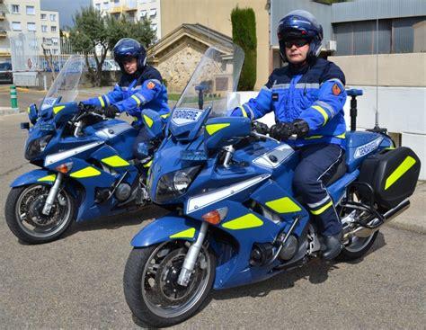 motard nationale gendarmerie les motards gardois changent de tenue objectif gard