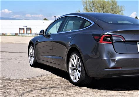 View How Much Is Tesla 3 Cost Pics