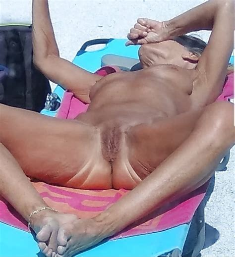Spanish Woman Sharing Her Shaved Pussy For Mature Lovers