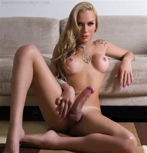 272065 Stunning Blonde Shemale With A Nice Huge Cock It