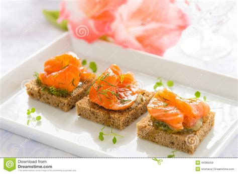 canapes de luxe delicious appetizer canapes of black bread with smoked