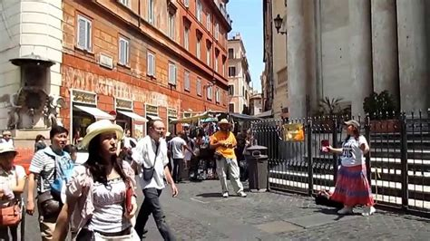 Rome Italy Woman Street Preacher Behold The Lamb Youtube