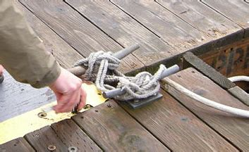 What Do You Tie A Boat To On A Dock by How To Tie A Line On Cleat Boats