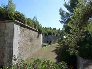 La Seyne Sur Mer 83500 : photo la seyne sur mer 83500 le fort napol on la ~ Dailycaller-alerts.com Idées de Décoration