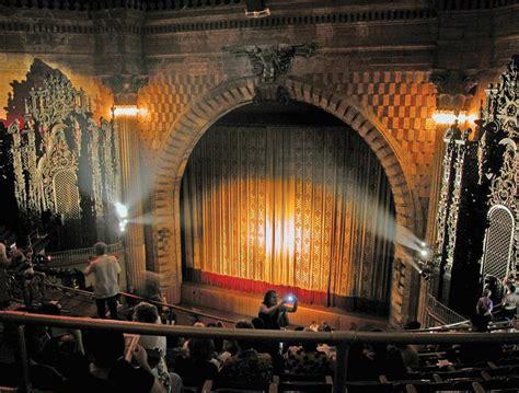 bringing classic films  classic theaters arts