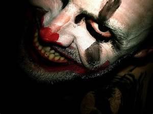 Scary Clown Wallpaper Screensavers Free - WallpaperSafari