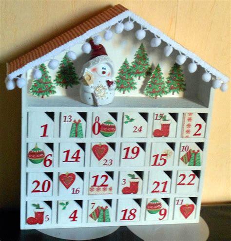 calendrier de l avent en bois quot la maisonnette quot accessoires de maison par cre ciraine