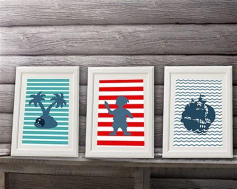 d馗oration chambre pirate les 20 meilleures images du tableau affiches garçon décoration de chambre alexiableu sur