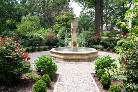 images of gardens show garden mary s gardens