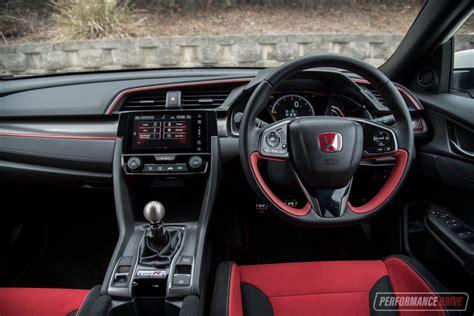 2018 Honda Civic Type R Vs Ford Focus Rs