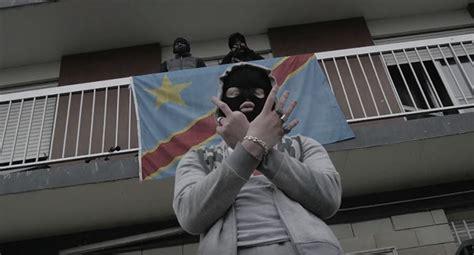bureau de poste 2 kalash criminel clame le 10 12 14 bureau videoclip