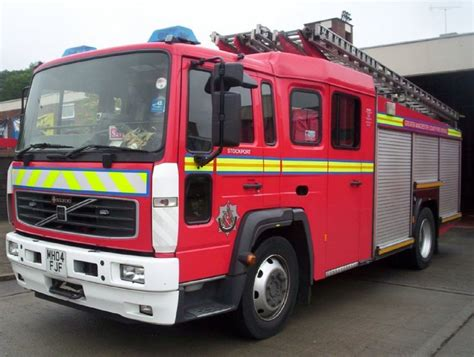 fire engines  greater manchester volvo flh