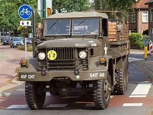 Depot Vente Vehicule Militaire : ancien camion militaire ~ Medecine-chirurgie-esthetiques.com Avis de Voitures