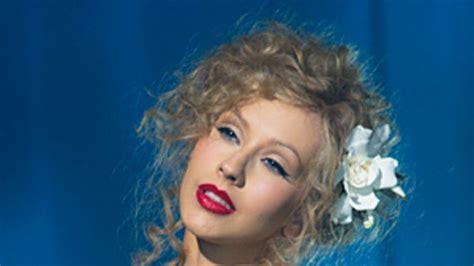Secrets from Christina Aquilera's Burlesque Makeup Artist