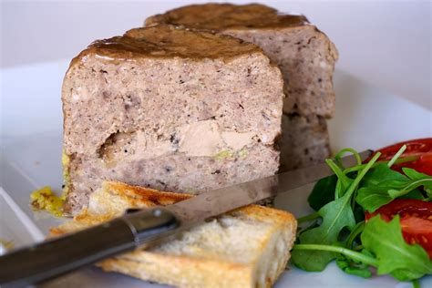 cuisiner poitrine de veau terrine de volaille au foie gras recette terrine de