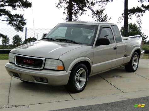 books about how cars work 2003 gmc sonoma security system 2003 gmc sonoma information and photos momentcar