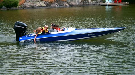 Small Fast Boats by Small Speed Boat Www Pixshark Images Galleries