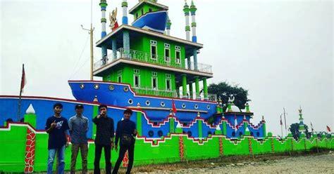 kapal bosok wisata bersejarah  serang   hits