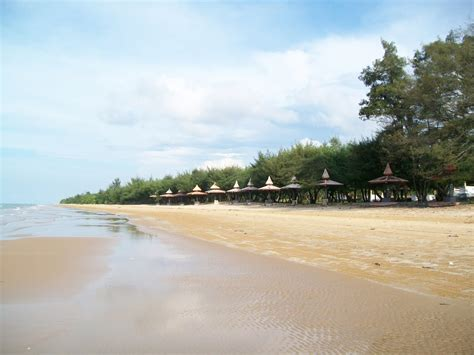 wisata pantai lombang sumenep madura pariwisata indonesia