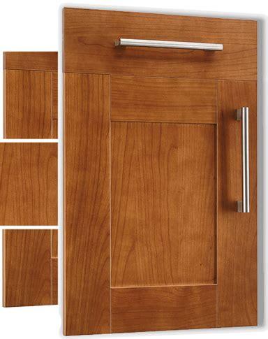 porte de cuisine en bois nos façades pour cuisines intégrées et équipées salles de