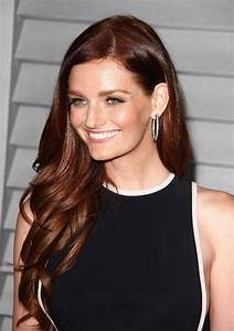 Lydia Hearst Bra Size, Age, Weight, Height, Measurements ...  Lydia