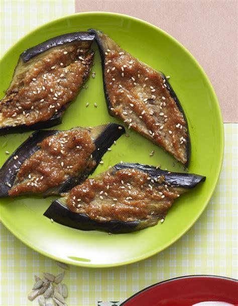 recette cuisine aubergine aubergines au miso pour 6 personnes recettes à table