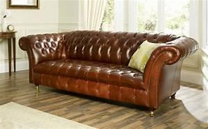 Canapé Vintage Cuir : le canap cuir vintage le chic et le fabuleux confort qui ont travers le temps ~ Teatrodelosmanantiales.com Idées de Décoration