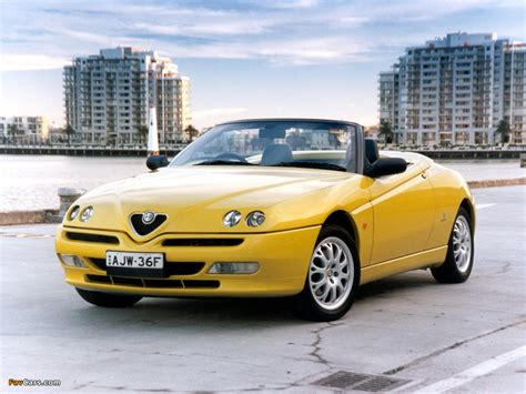 1998 Alfa Romeo Spider (916)  Pictures, Information And