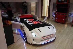 Auto 16 : 16 kinderbett auto mit bezaubernd design f r jungen und m dchen ~ Gottalentnigeria.com Avis de Voitures