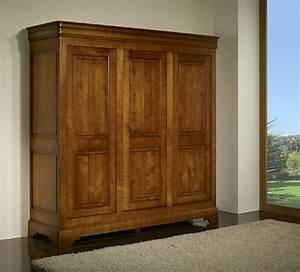 Armoire Bois Massif : armoire 3 portes en merisier massif de style louis philippe meuble en merisier massif ~ Teatrodelosmanantiales.com Idées de Décoration