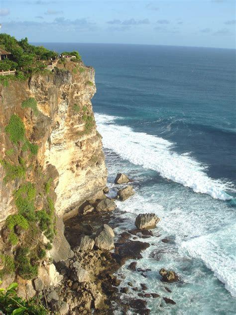 The Bukit Peninsula And Uluwatu Temple