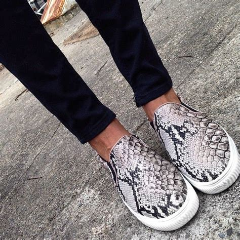 Best 25+ Snake skin shoes ideas on Pinterest | Snake print Vans animal print and Pumps