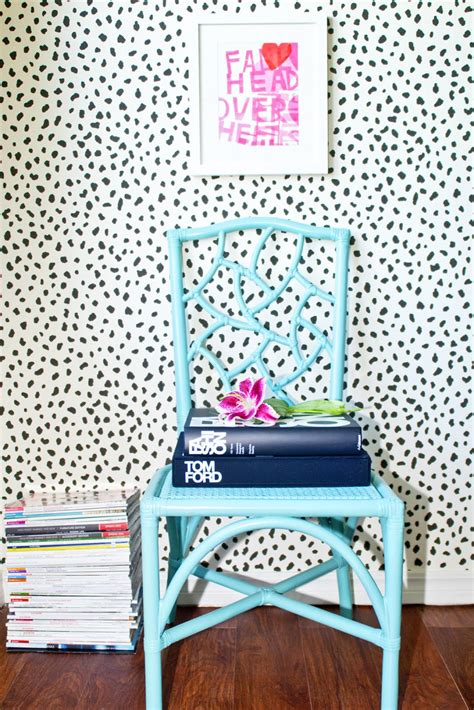 Animal Print Wallpaper B Q - cococozy this or that spot on chair vignettes