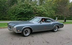 1969 Buick Riviera review, interior