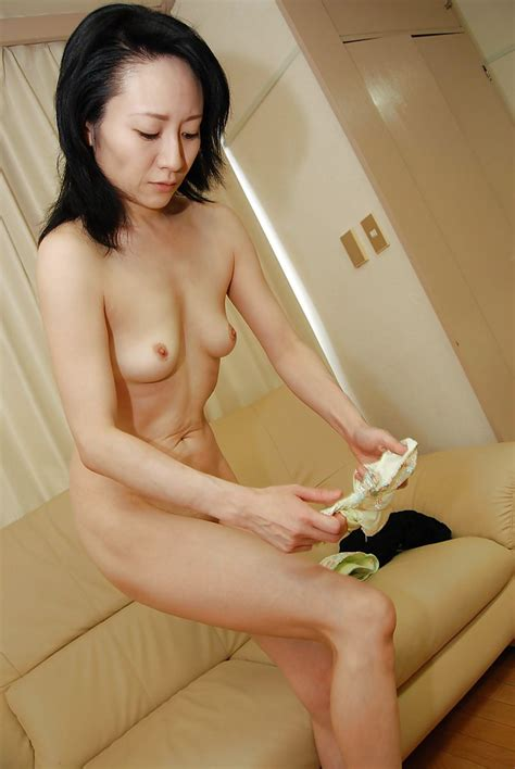 Slender Asian Milf Taking Shower And Rubbing Her Soapy Body