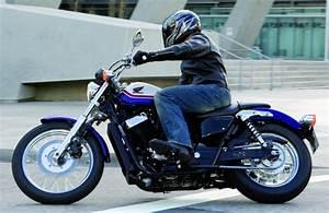 Honda Shadow 750 Fiche Technique : honda 750 shadow s 2011 fiche moto motoplanete ~ Medecine-chirurgie-esthetiques.com Avis de Voitures