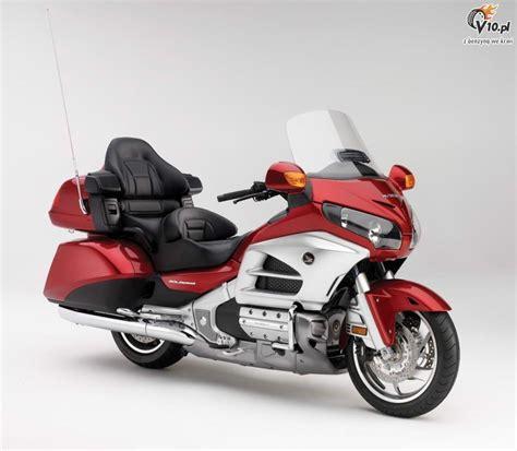 Honda Goldwing by 2012 Honda Goldwing Gl1800 08