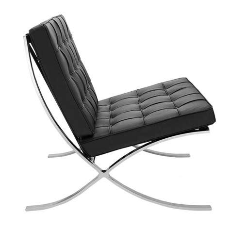 Der barcelona lounge sessel verkörpert die besten designelemente in nur einem teil: Barcelona Chair Black - Shipped within 24 hours! - Furnwise