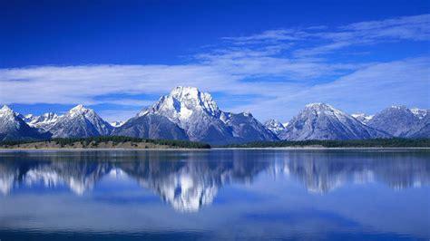 landscape view  mountain  blue cloudy sky