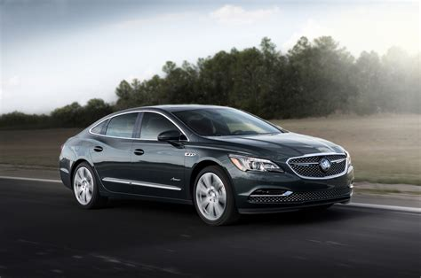 2018 Buick Lacrosse Avenir Gets Flashy New Grille Motor